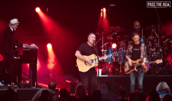 Barenaked Ladies, Better Than Ezra turn back the clock at Greek Theatre